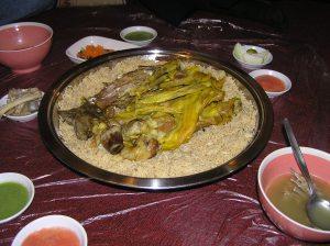 Mandi Kambing dan Nasi Lezat