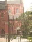 katedral sebelahnya