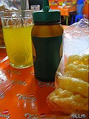 kerupuk, kecap dan air jeruk