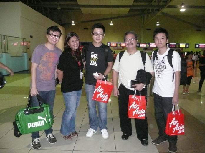 KL LCCT after check-in