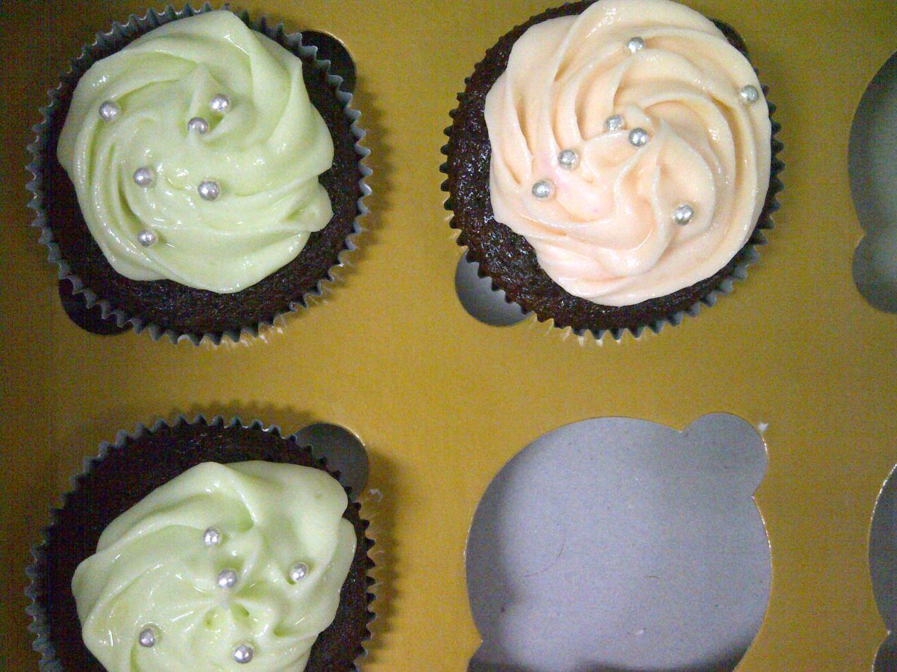Sisa tiga cupcake