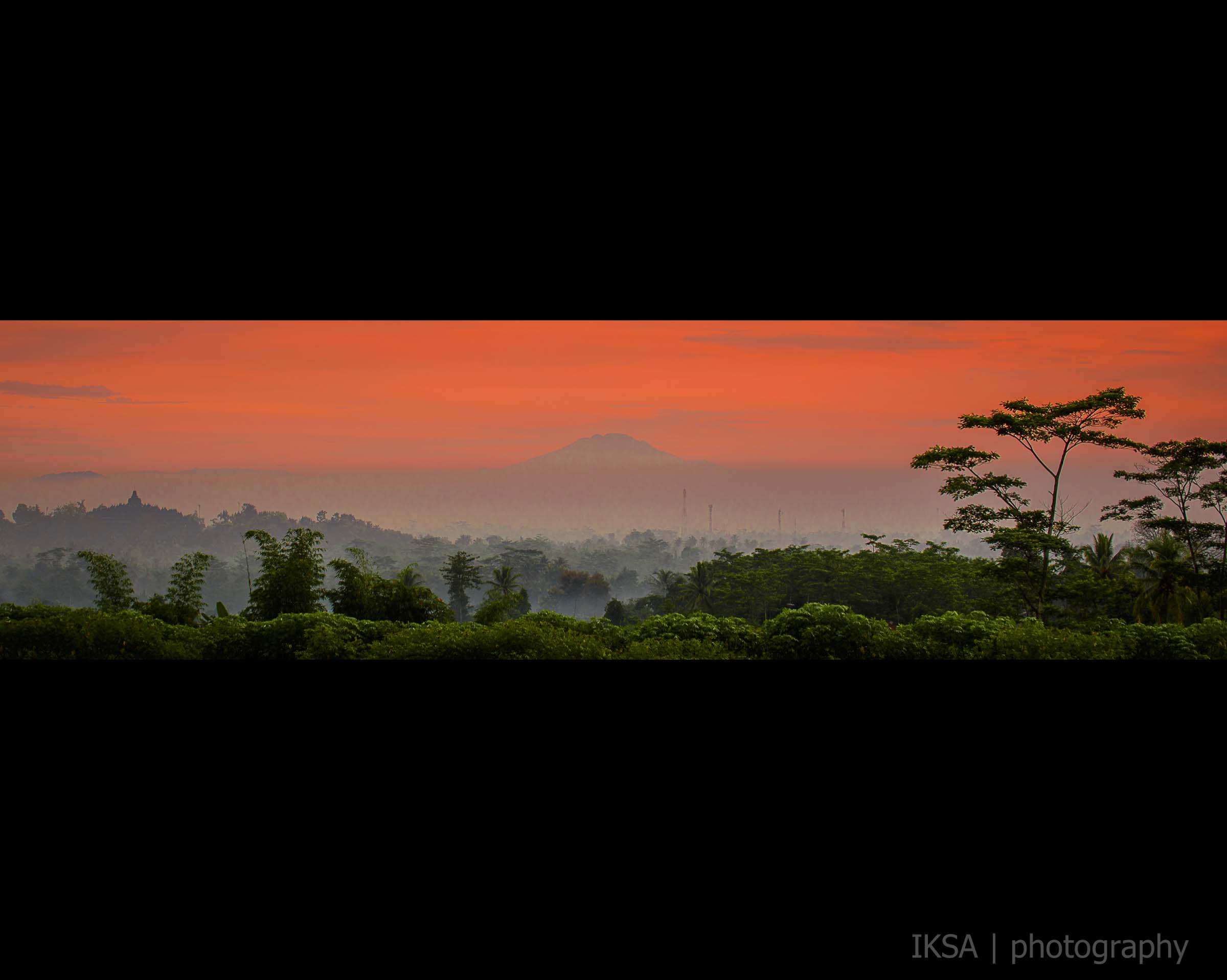 Borobudur Misty