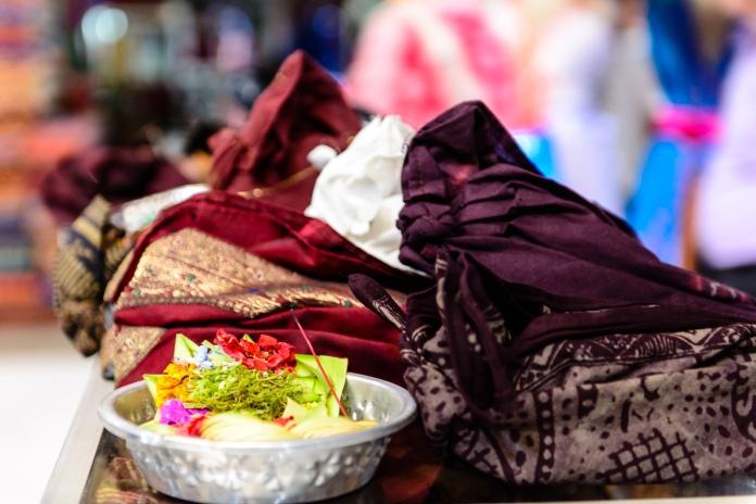 Endek Bali - Iksa Menajang